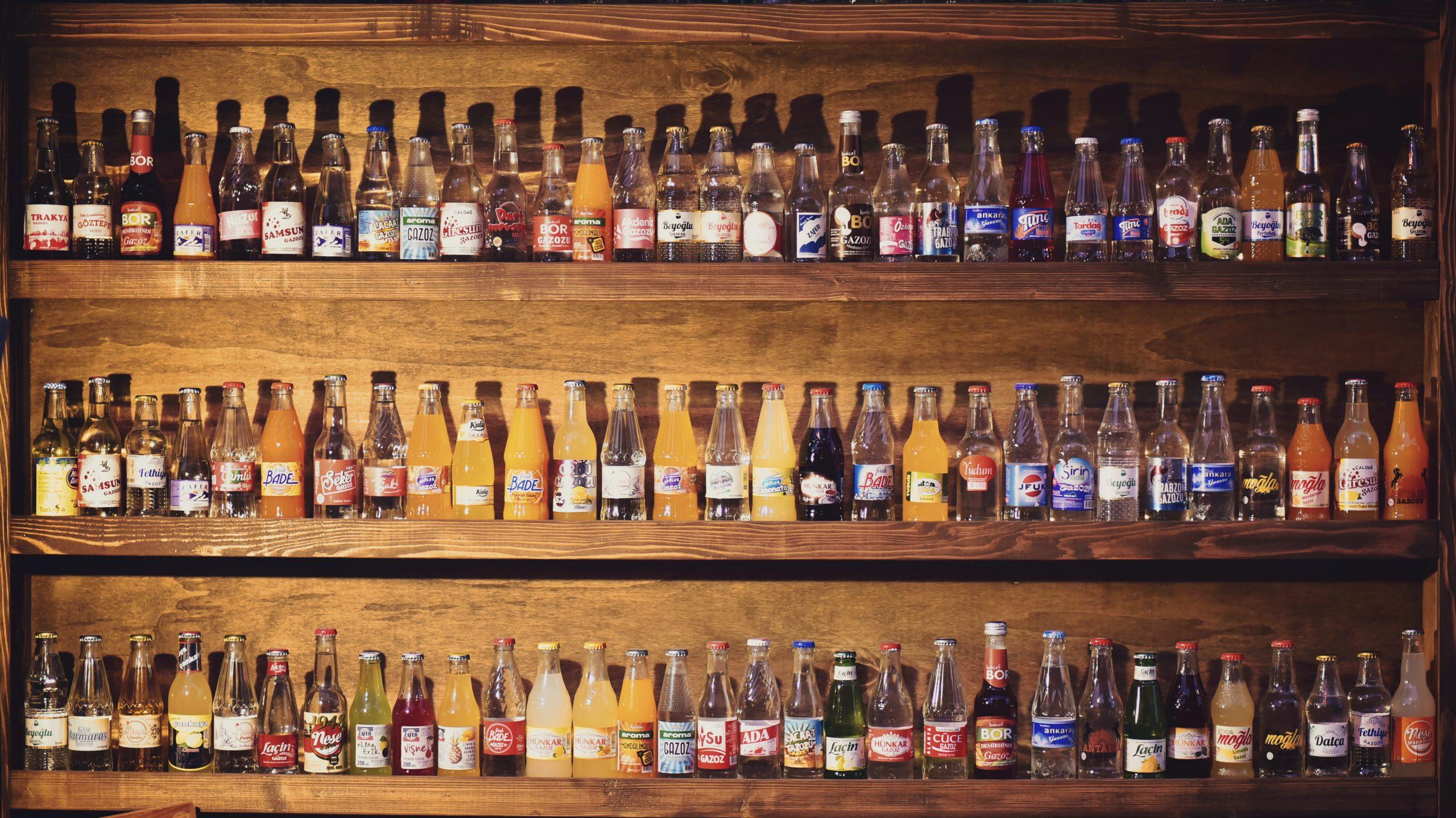 etichette di bottiglie